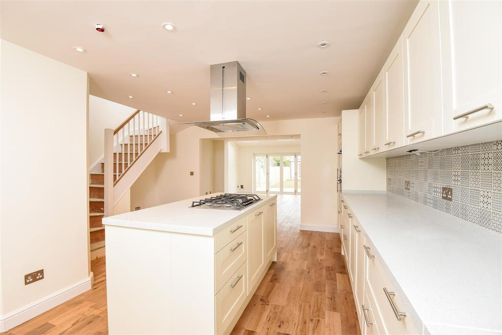 4 Bedrooms Terraced House for sale in William Street, Marston, Oxford