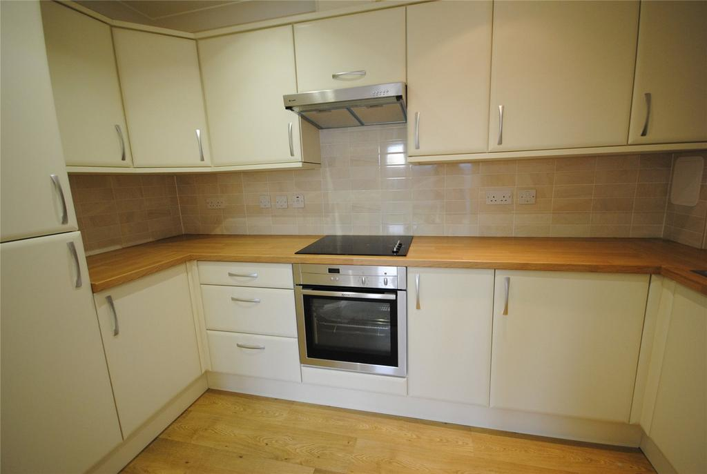 1 Bedroom Retirement Property for sale in Acacia Court,, Tweentown, CHEDDAR, Somerset, BS27