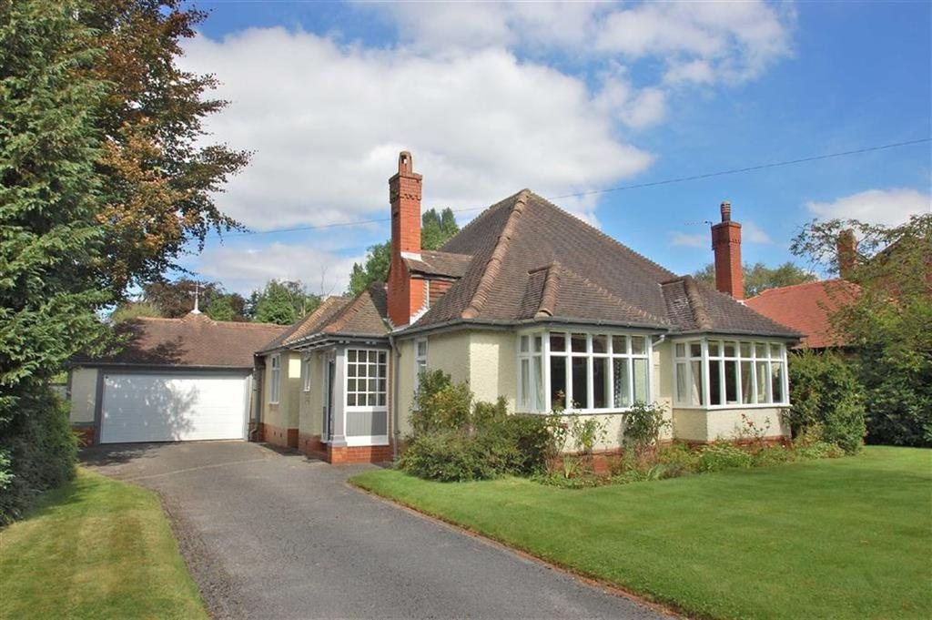 4 Bedrooms Detached Bungalow for sale in Manor Road, Bramhall, Cheshire