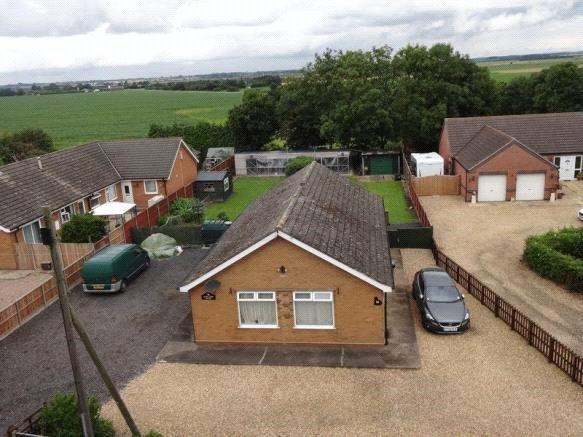 3 Bedrooms Detached Bungalow for sale in Moor Lane, Branston Booths, LN4
