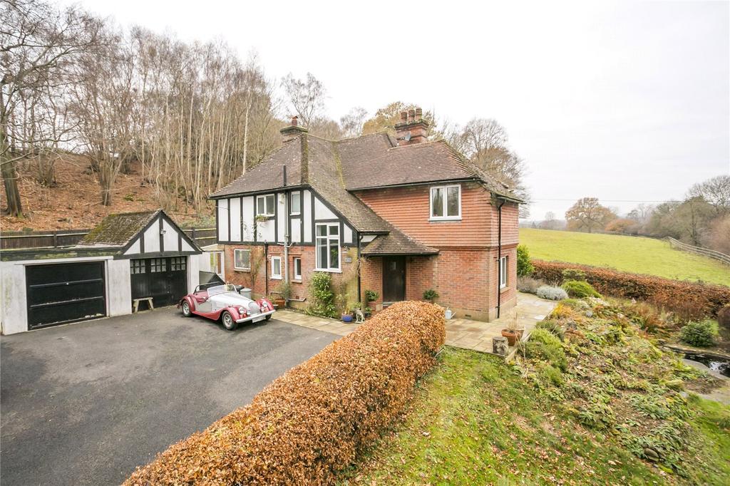 4 Bedrooms Detached House for sale in St. Vincents Lane, Addington, West Malling, Kent