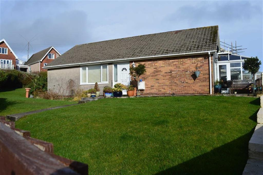 3 Bedrooms Detached Bungalow for sale in Glen Road, West Cross, Swansea