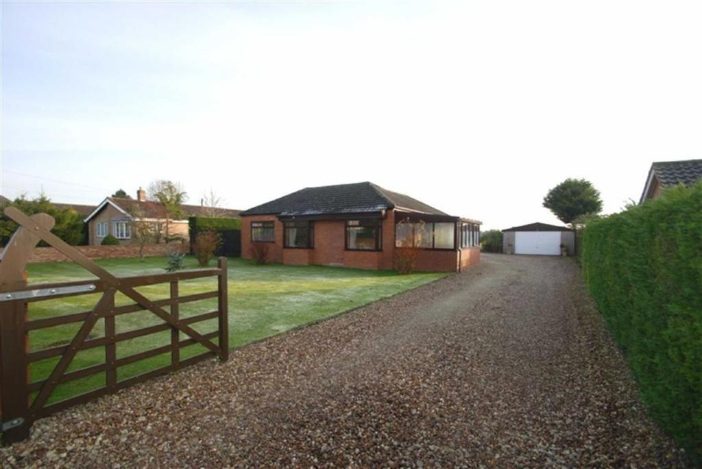 3 Bedrooms Detached Bungalow for sale in The Cul-De-Sac, Stickford, Boston