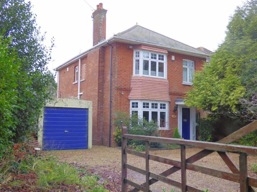 1 Bedroom Flat for sale in Charminster Avenue, Charminster, Bournemouth, Dorset