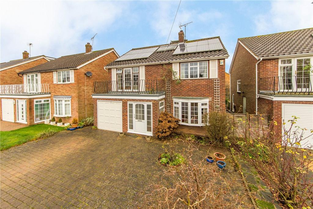 6 Bedrooms Detached House for sale in Overstone Road, Harpenden, Hertfordshire