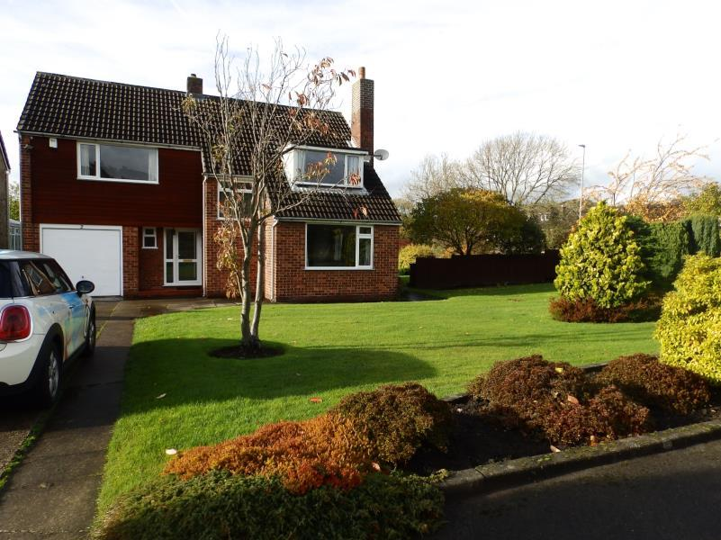 4 Bedrooms Detached House for rent in WEST DENE, OFF WIGTON LANE,AWLOODLEY, LEEDS, LS17 8QT