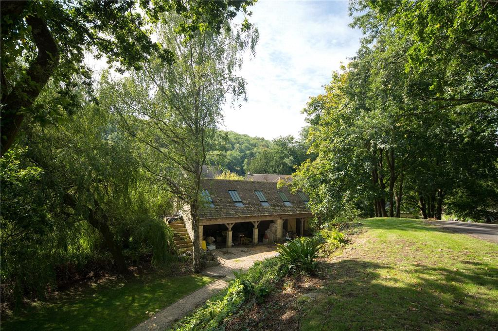 A Magnificent Lakeside Home Near Princess Anne 39 S Cotswolds Estate