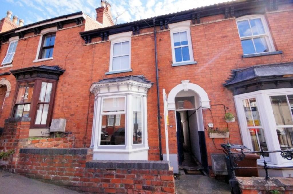 4 Bedrooms Town House for sale in Cheviot Street, Lincoln