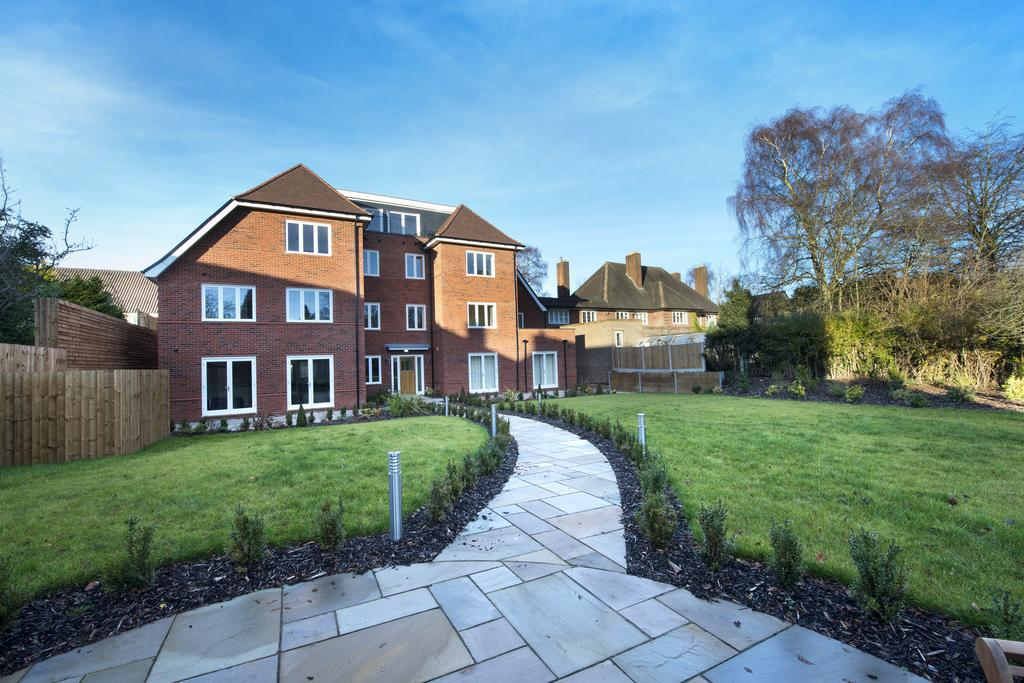 2 Bedrooms Apartment Flat for sale in The Chase Digby Road