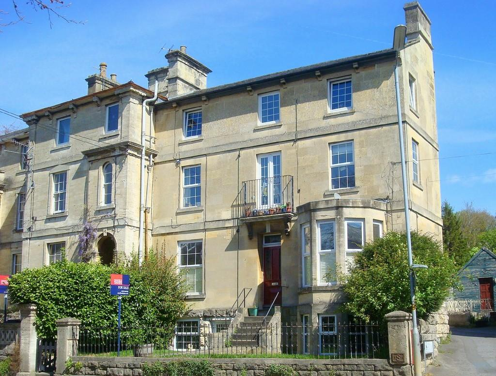 2 Bedrooms Apartment Flat for sale in St Margaret's Street, Bradford On Avon