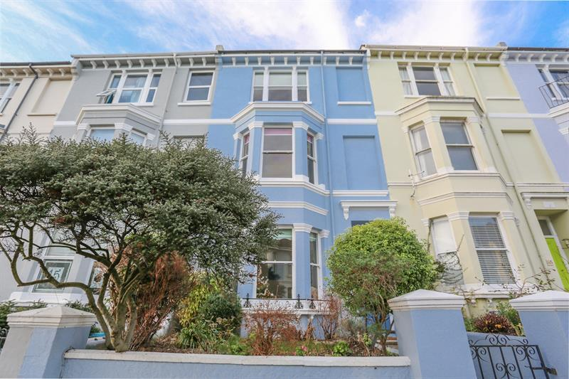 4 Bedrooms Terraced House for sale in Queens Park Road, Brighton
