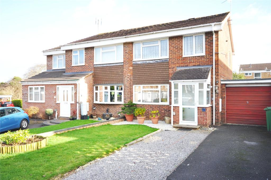 3 Bedrooms Semi Detached House for sale in Austen Crescent, Liden, Swindon, Wiltshire, SN3