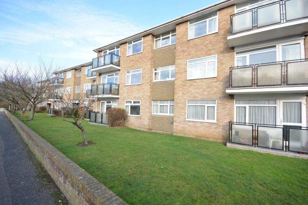 2 Bedrooms Apartment Flat for sale in Shoreham-by-Sea