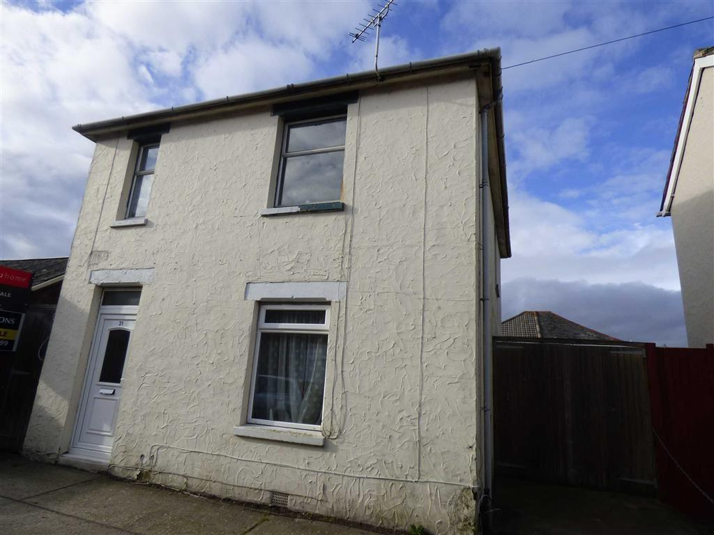 3 Bedrooms Detached House for sale in Spring Road, Bournemouth, Dorset, BH1