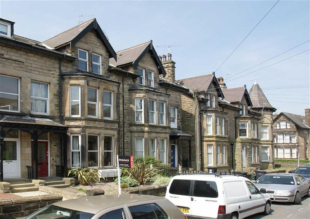 2 Bedrooms Apartment Flat for sale in Hyde Park Road, Harrogate, North Yorkshire