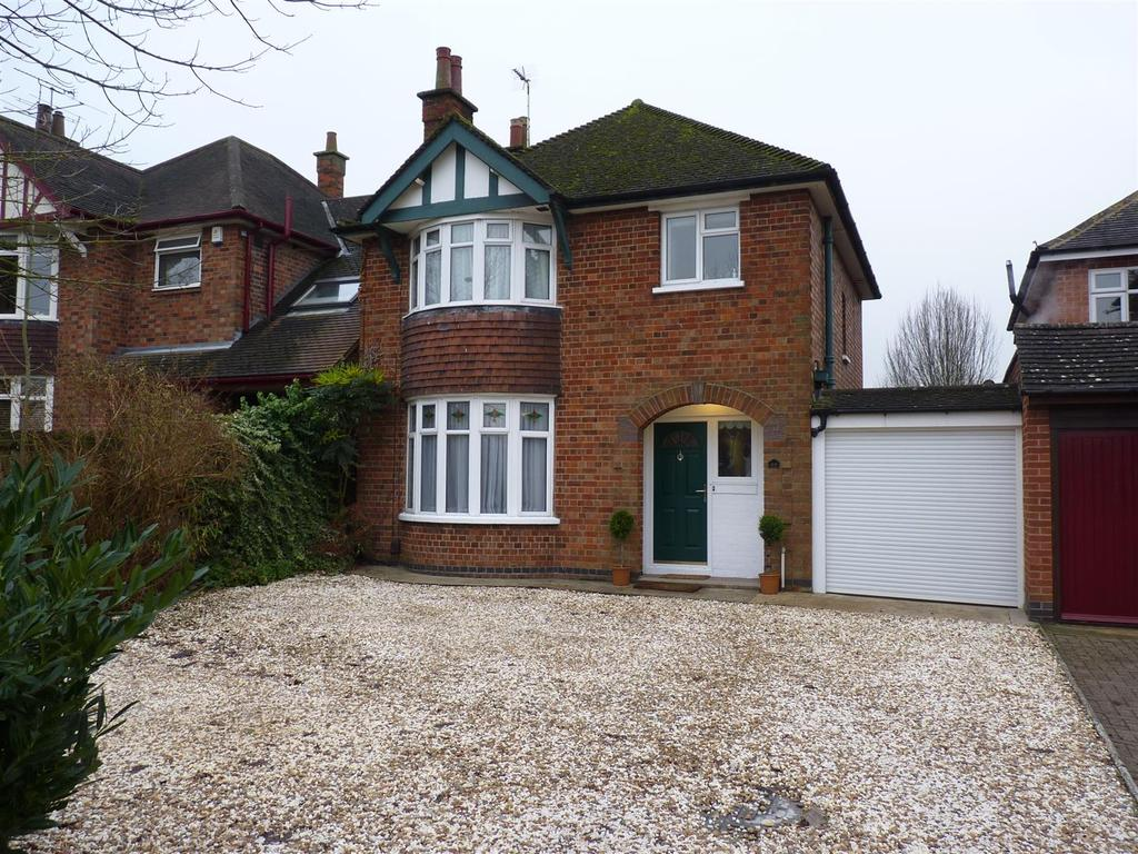 3 Bedrooms Detached House for sale in Kettering Road, Market Harborough