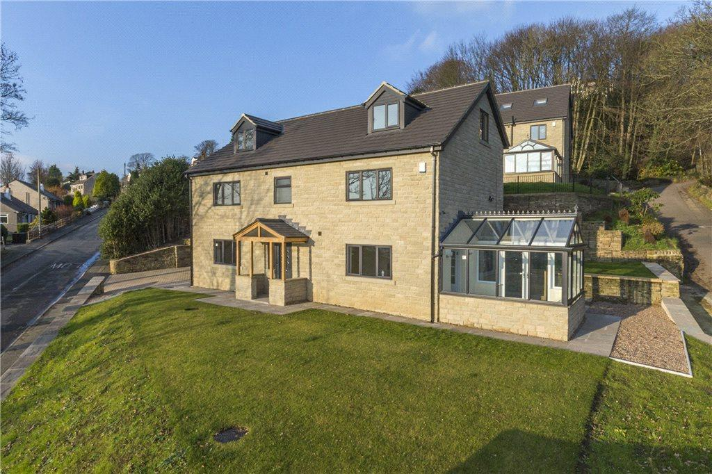 5 Bedrooms Detached House for sale in Dunkirk Rise, Riddlesden, Keighley, West Yorkshire