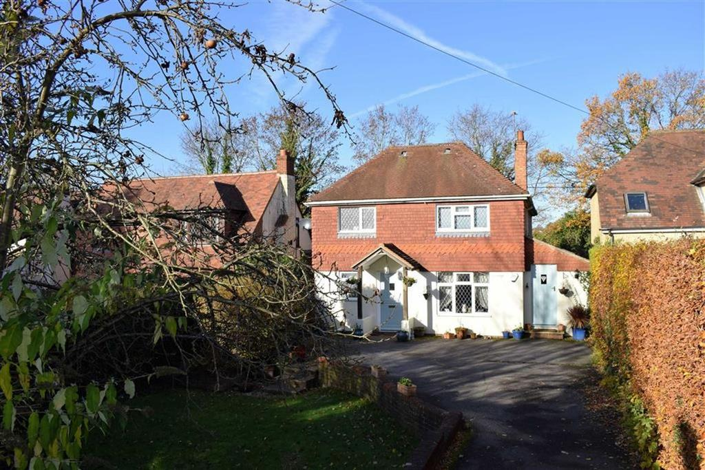 4 Bedrooms Detached House for sale in Weydon Lane, Farnham
