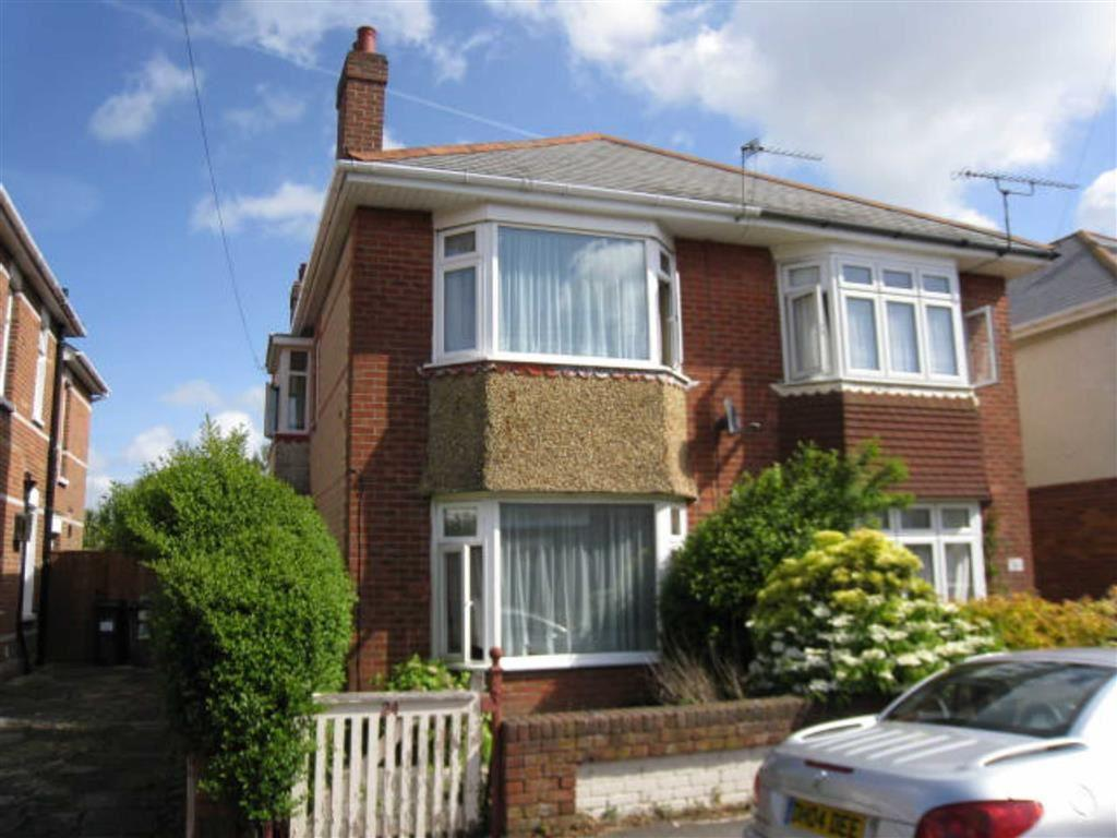 4 Bedrooms House for rent in Markham Road, Bournemouth, Dorset
