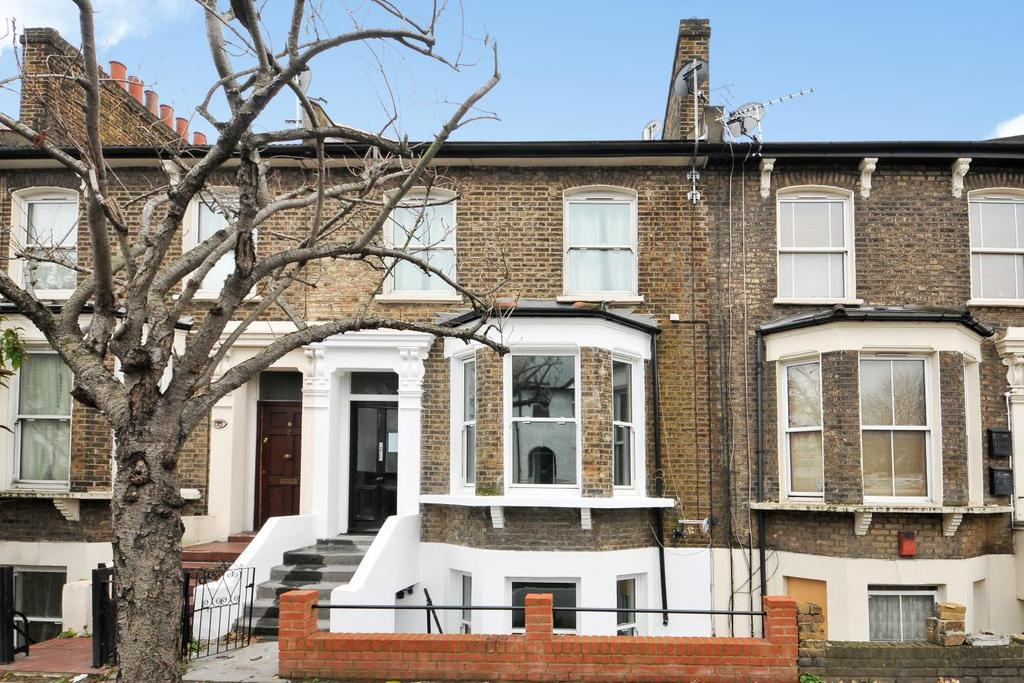 3 Bedrooms Flat for sale in Shardeloes Road, New Cross, SE14