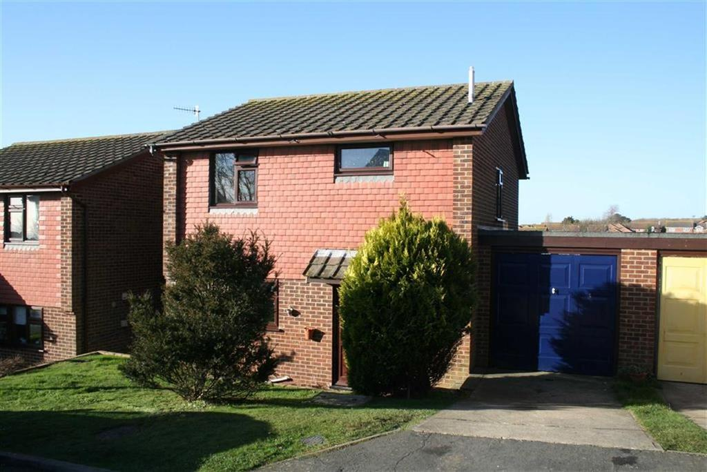 3 Bedrooms Detached House for sale in Rustic Close, Peacehaven