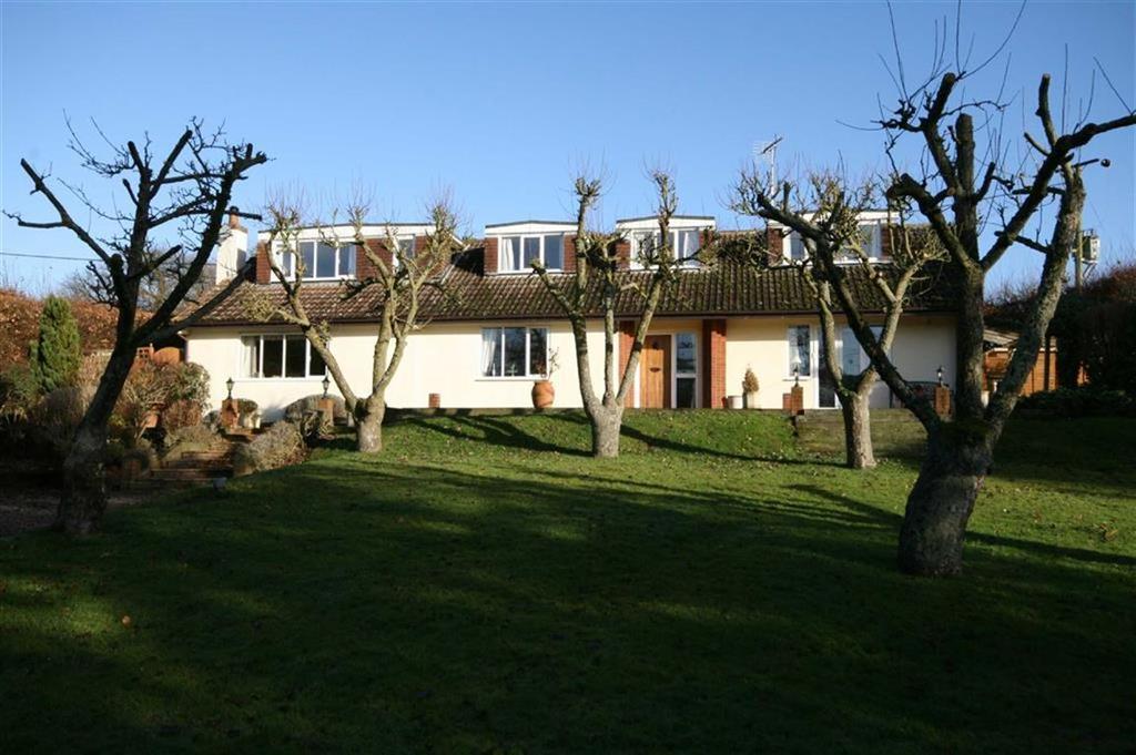 4 Bedrooms Detached House for sale in Sandon Lane, Nr Buntingford