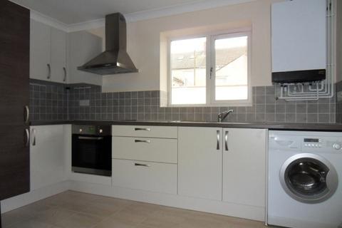 2 bedroom apartment - St Helens Avenue, Brynmill, Swansea. SA1 4NN