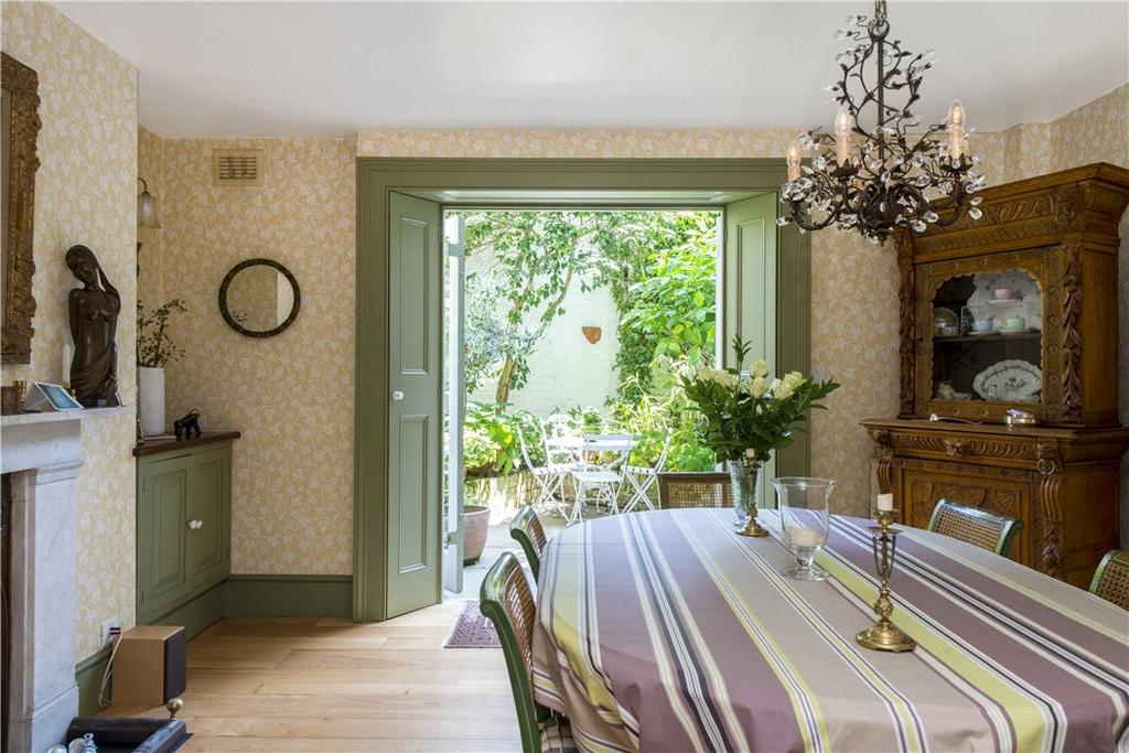 3 Bedrooms Terraced House for sale in Gloucester Crescent, Primrose Hill, London, NW1