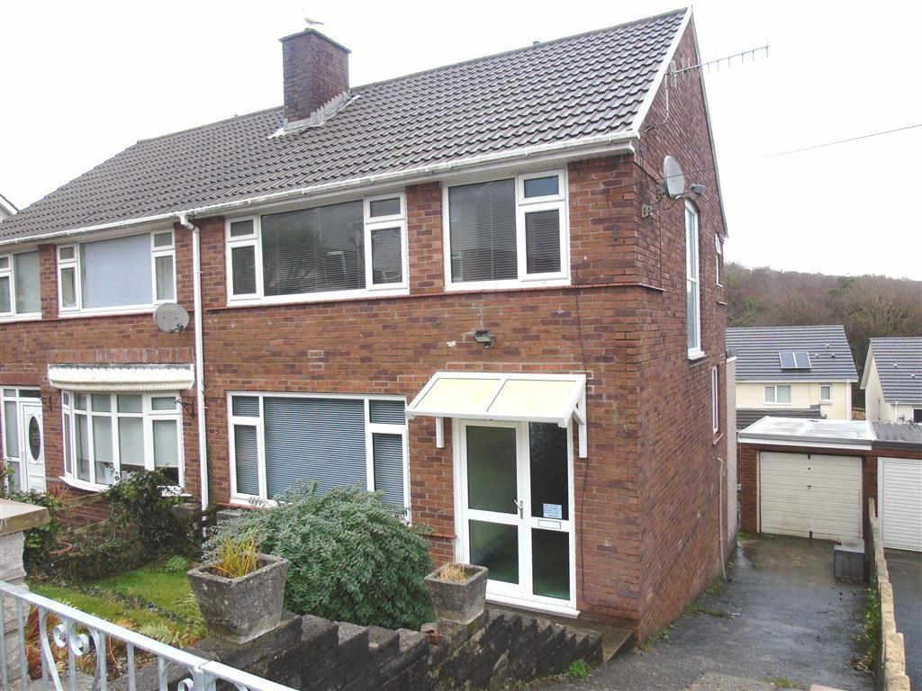 3 Bedrooms Semi Detached House for sale in Cwmgelli Close, Treboeth, Morriston