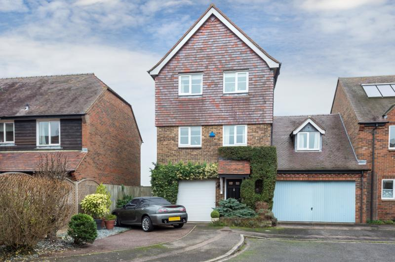 3 Bedrooms Semi Detached House for sale in North Quay, Abingdon, Oxfordshire