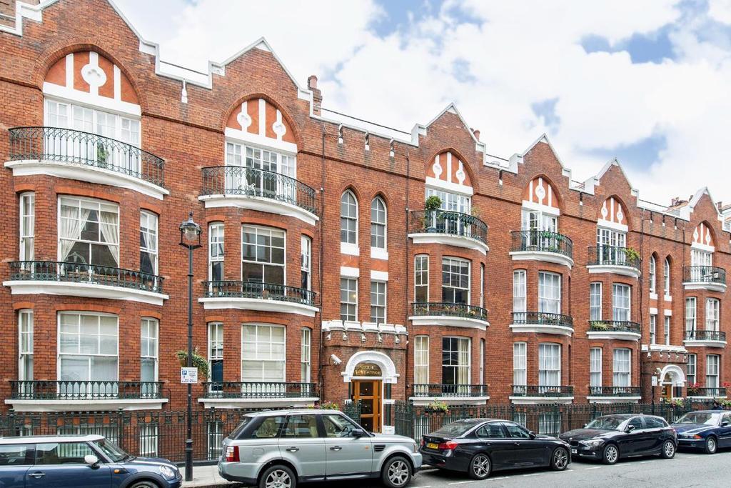 1 Bedroom Flat for sale in Chiltern Street, Marylebone, W1U