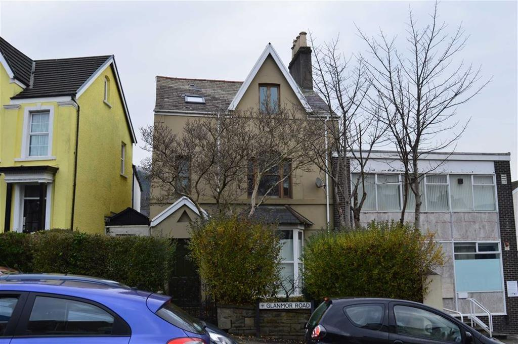 4 Bedrooms End Of Terrace House for sale in Glanmor Road, Swansea, SA2