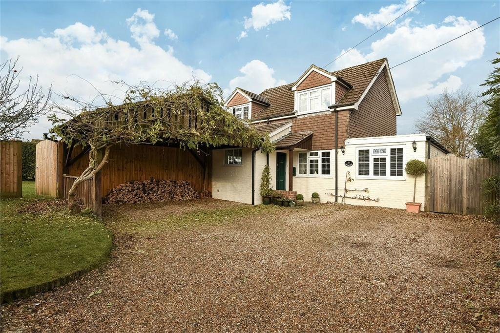 4 Bedrooms Detached House for sale in Dummer, Basingstoke, Hampshire