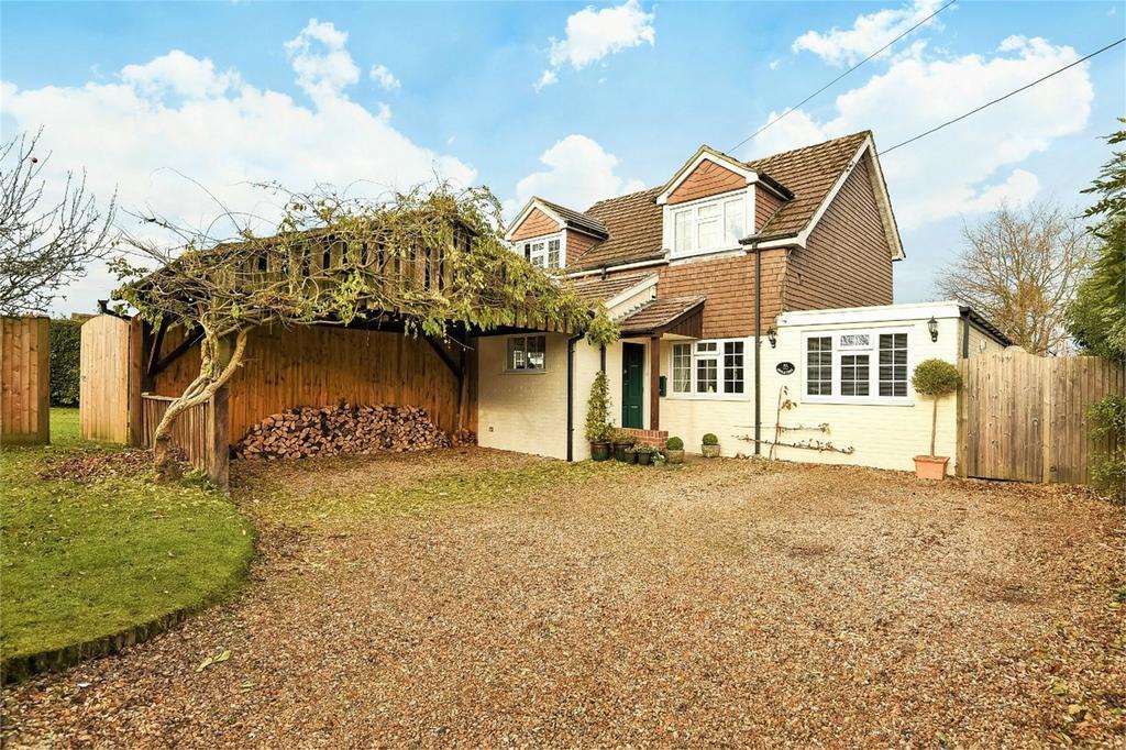 4 Bedrooms Detached House for sale in Dummer, Basingstoke, Hampshire