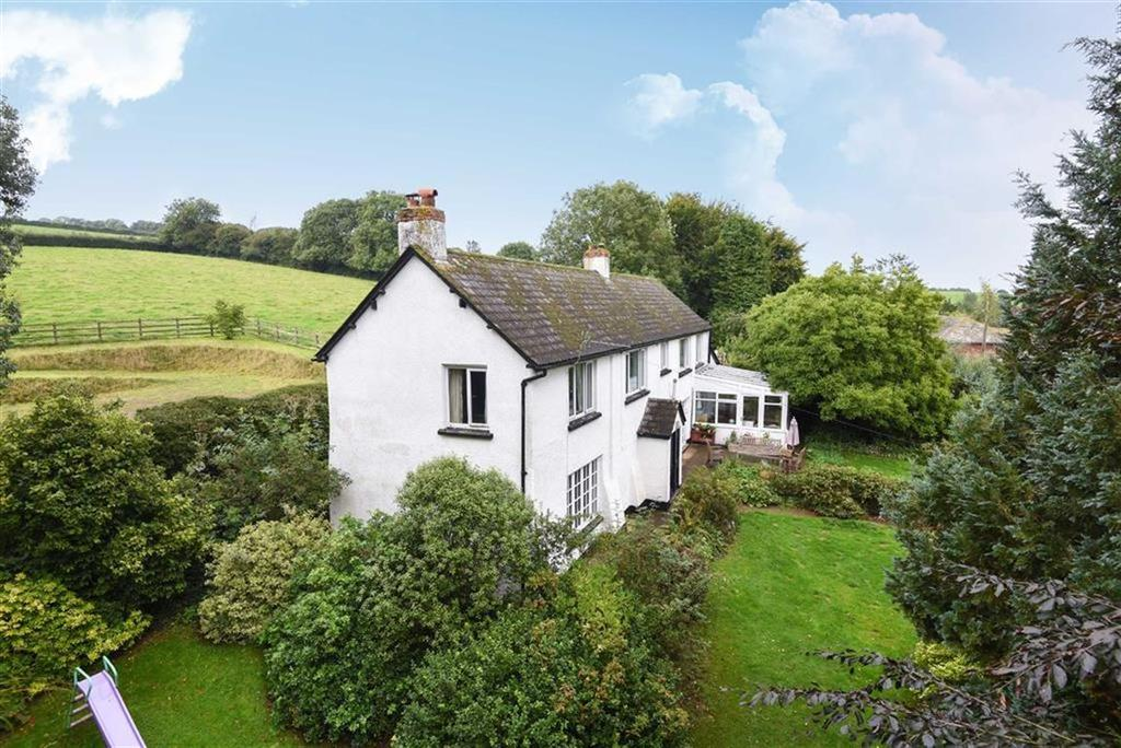 4 Bedrooms Detached House for sale in Whitnage, Tiverton, Devon, EX16