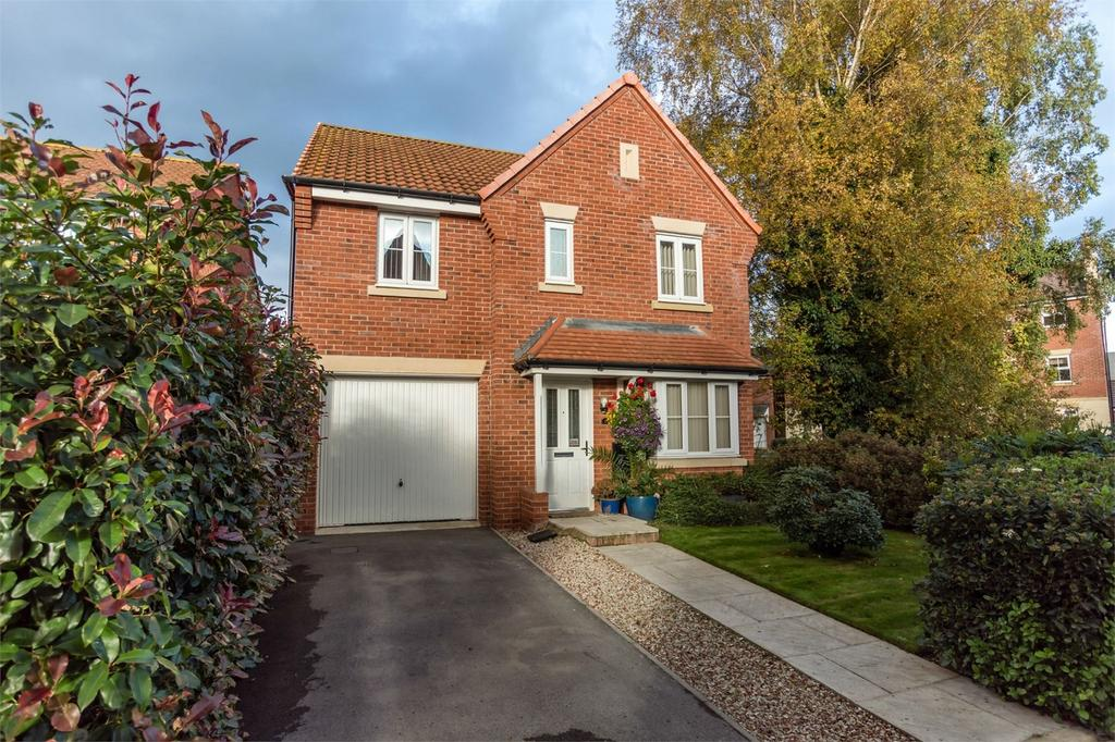 4 Bedrooms Detached House for sale in Coupland Close, SELBY, North Yorkshire