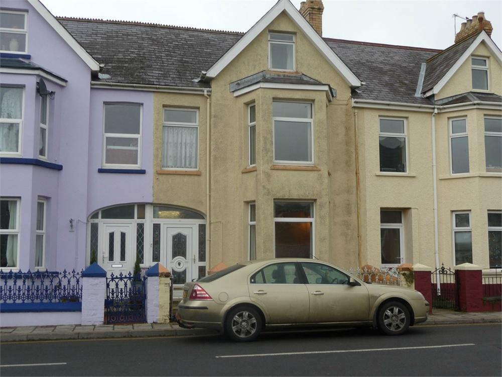5 Bedrooms Town House for sale in 28 Vergam Terrace, Fishguard, Pembrokeshire