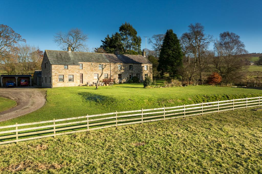 5 Bedrooms Farm House Character Property for sale in Oakenclough House, Oakenclough, Preston, Lancashire, PR3 1UL