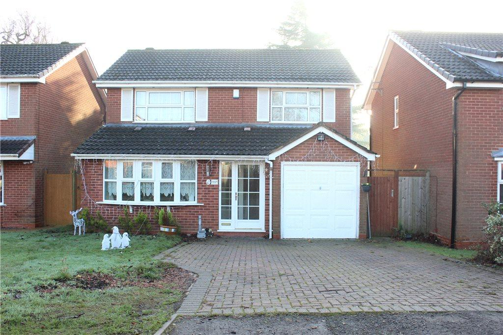 4 Bedrooms Detached House for sale in Farnborough Drive, Shirley, Solihull, West Midlands, B90
