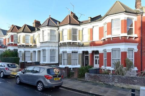 3 bedroom terraced house to rent - Warham Road, Harringay, N4