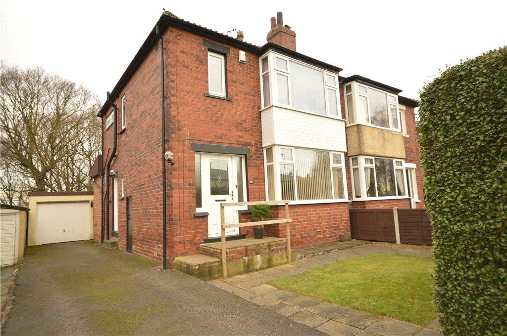 3 Bedrooms Semi Detached House for sale in Vesper Road, Kirkstall, Leeds
