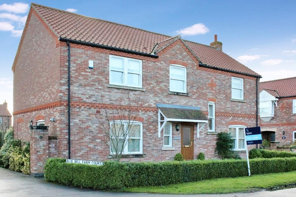 4 Bedrooms Detached House for sale in Lindisfarne Main Street Skipwith York YO85SQ