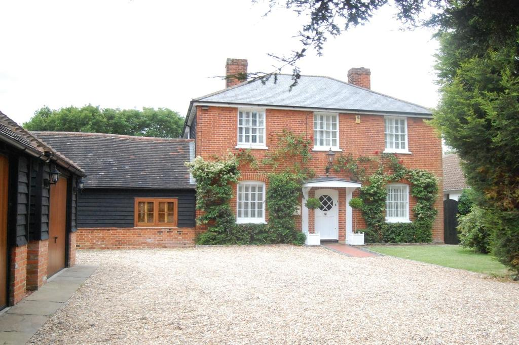 4 Bedrooms Detached House for sale in Ongar Road, Kelvedon Hatch, Brentwood, Essex, CM15