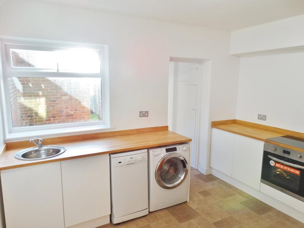 2 Bedrooms Cottage House for sale in Haywards Heath, West Sussex, RH16