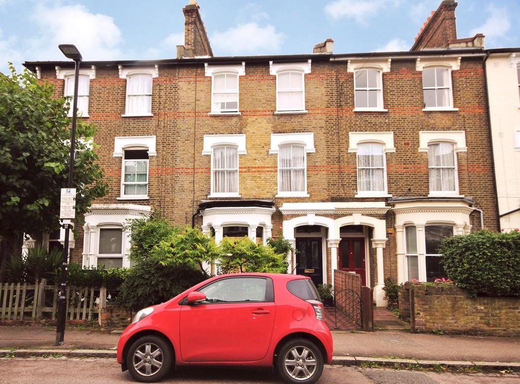 4 Bedrooms Terraced House for sale in Albert Road N4 3RR