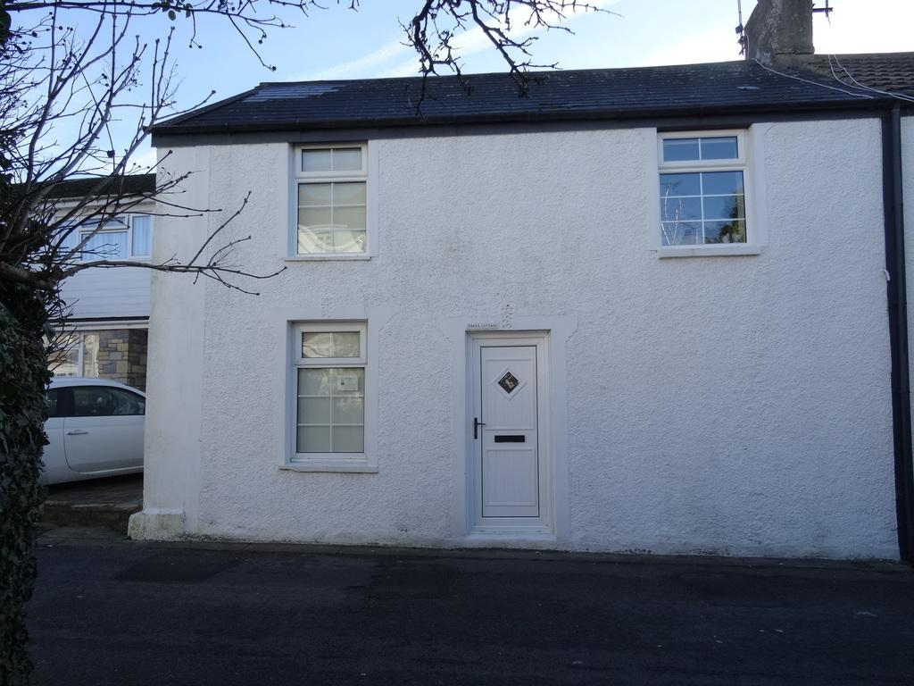 3 Bedrooms Cottage House for sale in PHILADELPHIA ROAD, PORTHCAWL, CF36 3DP