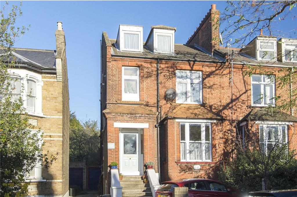 1 Bedroom Flat for sale in Cambridge Road, London, E11