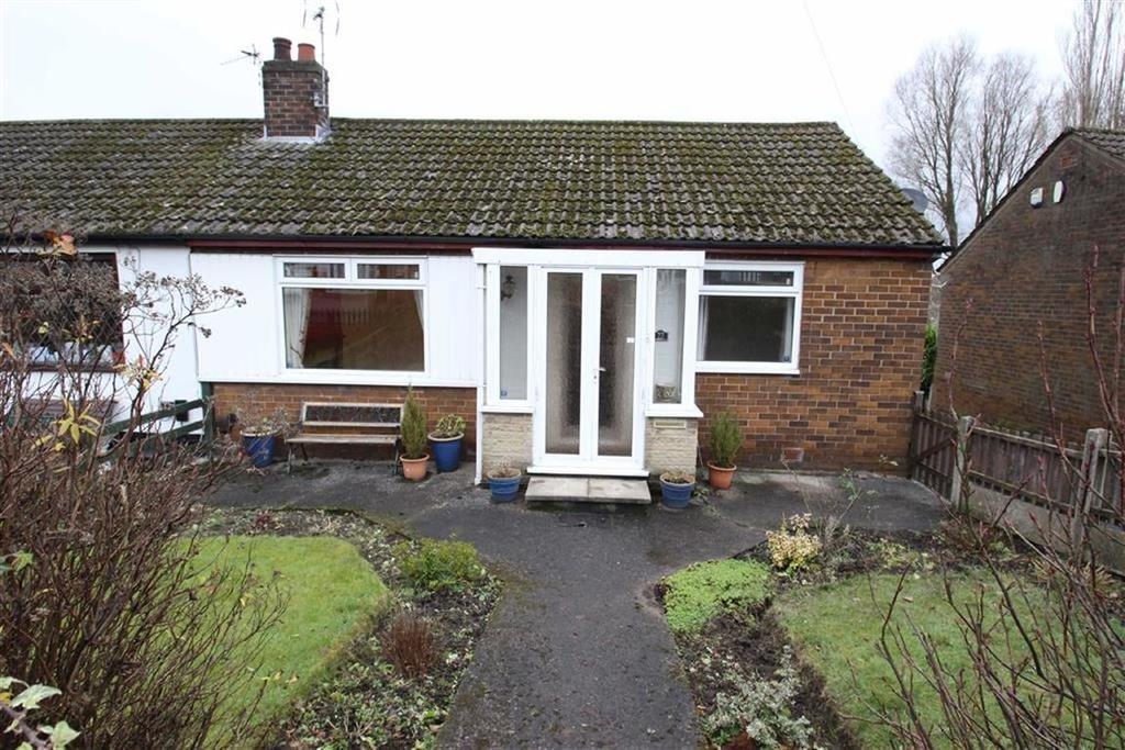 2 Bedrooms Semi Detached Bungalow for sale in 22, Dunlop Avenue, Queensway, Rochdale, OL11