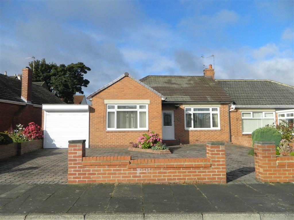 2 Bedrooms Bungalow for sale in Kelvin Grove, North Shields, Tyne And Wear, NE29