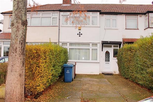 3 Bedrooms Terraced House for sale in De Havilland Road Edgware Harrow HA8